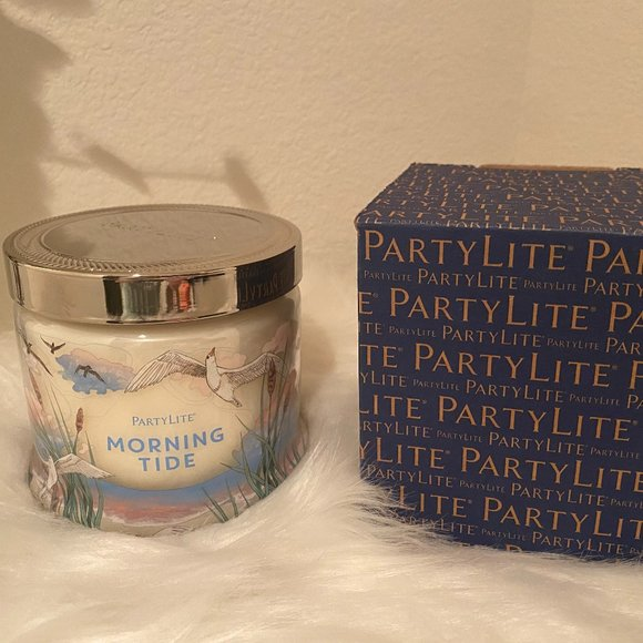 """NEW - Party Lite 3 wick candle """"Morning Tide"""""""